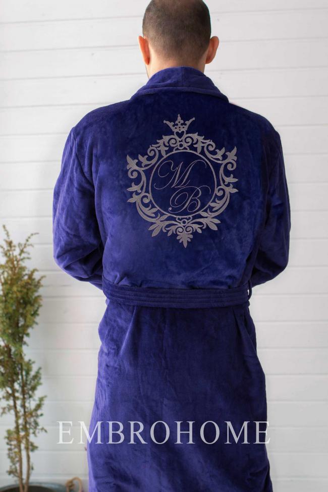 Халат великого розміру з індивідуальною вишивкою