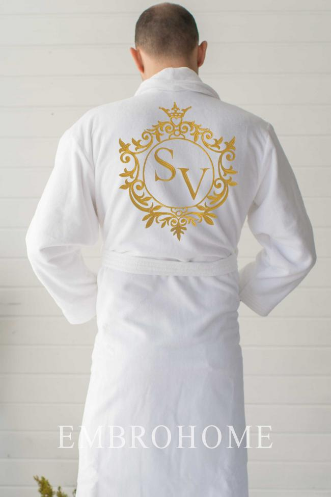 Іменний махровий халат з вишивкою на спині на замовлення