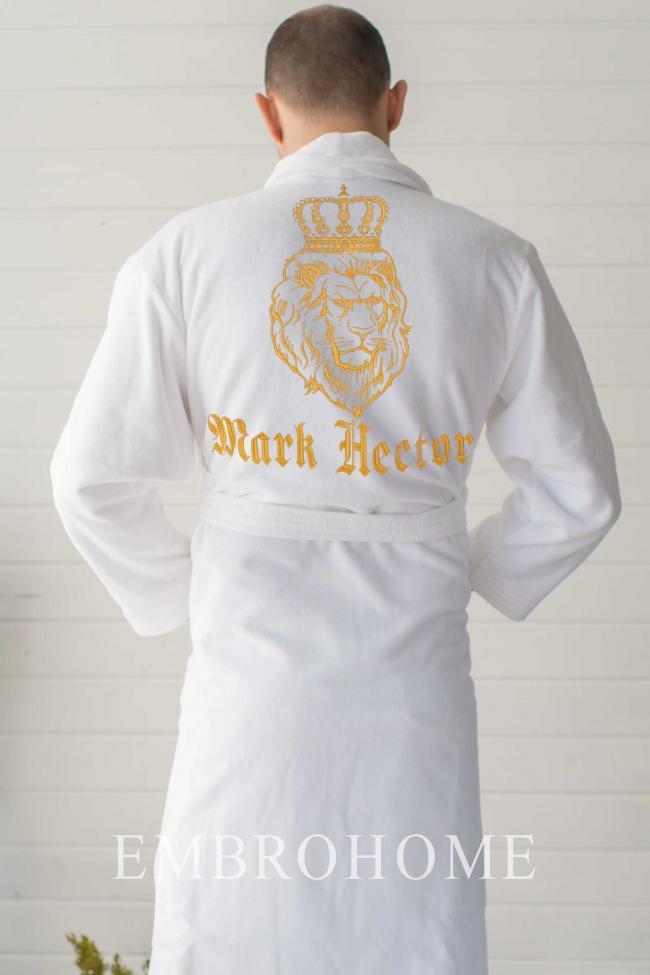 Чоловічий халат з вишивкою лева і напису на замовлення