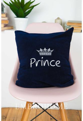 Декоративна подушка з індивідуальною вишивкою