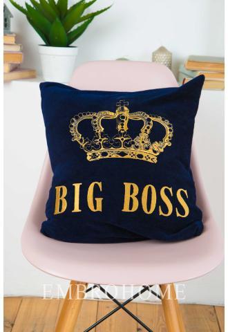 Подушка на диван з вишитою короною і написом