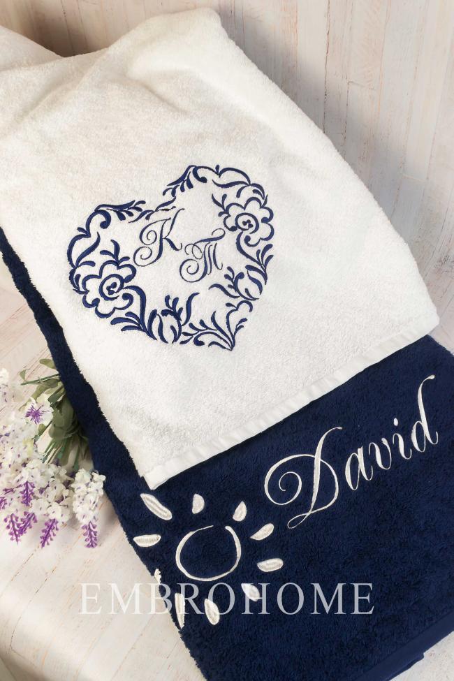 Именные полотенца для пары на подарок с индивидуальной вышивкой от производителя ТМ Эмброхоум